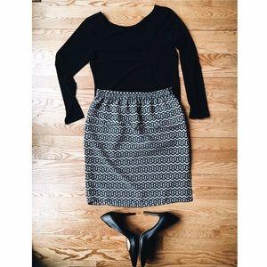 LOFT black and white design skirt