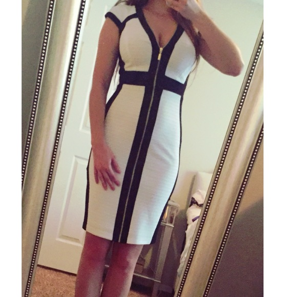 Cache Dresses White With Black Trim Gold Zipper Dress Sz 0 Poshmark