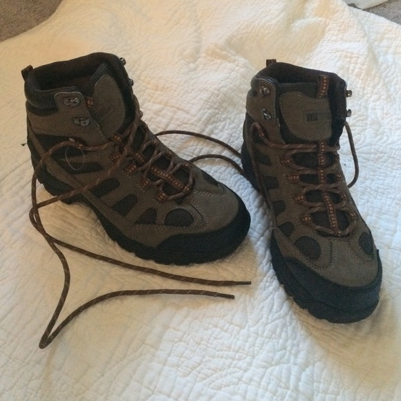 f72f1ed5c8925 Rugged outback boots