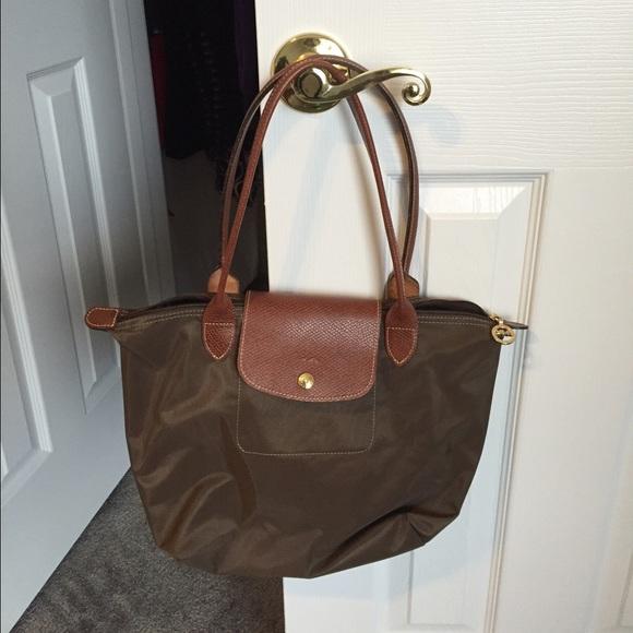 31722cccf2d Longchamp Handbags - Re-list - longchamp le Pilage