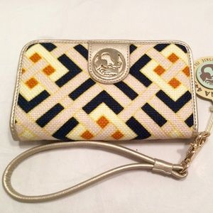 Spartina 449 Handbags - Spartina Folio Wallet: New with tags