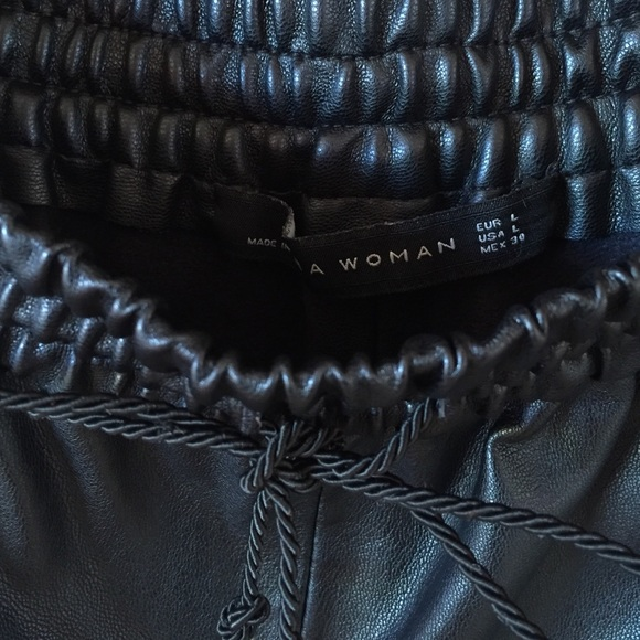 Zara Pants - Zara faux leather culottes