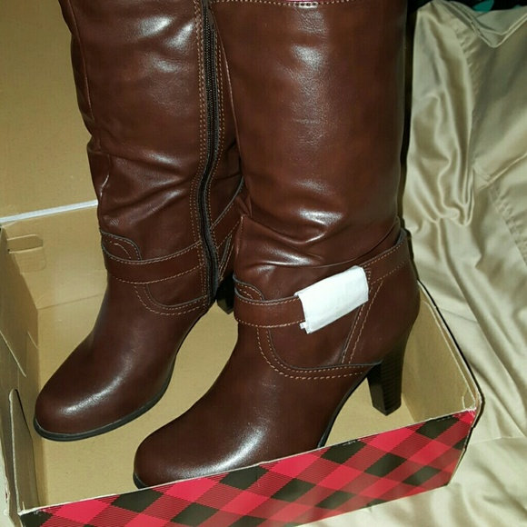 0d8132afc9ba AZ Absolute Chocolate Leather Boots. NWT. JCPenney s