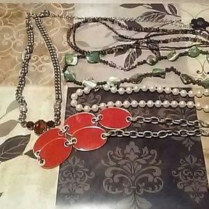 Fashion Necklaces lot