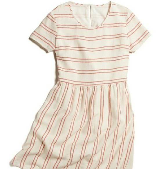 Old Navy Striped Linen Dress. M 570477daea3f36cc6e00c127