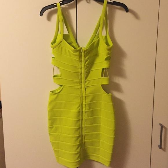 Size 6 yellow dress ys