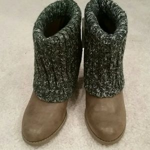 Muk Luks Shoes - Brand new Muk Luks brown knitted ankle boots