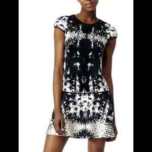 Yoana Baraschi Gray Area Dress •$298 Retail•🌟HP🌟