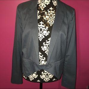 Sexy ring leader cropped blazer XL by Tildon