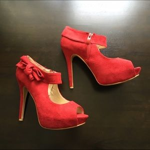 Ollio Shoes - Red Open Toe Heels