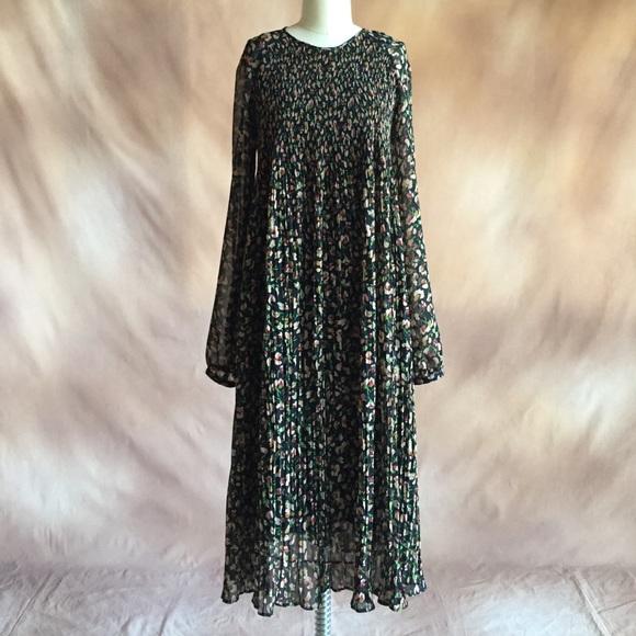 970c16a3 Zara black floral pleated chiffon midi dress. M_570543872fd0b7c6d8005f73