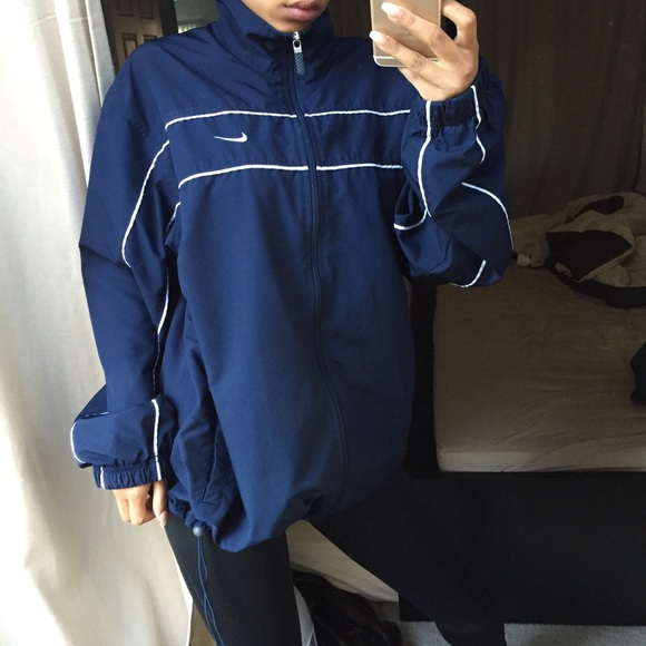 Navy Nike windbreaker jacket. M 57055a61620ff7f45000819b 21691e930da1