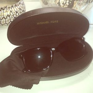 😎Reduced😎Michael Kors Sunglasses