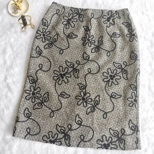 Talbots Dresses & Skirts - Black Floral Pattern Tweed Pencil Skirt