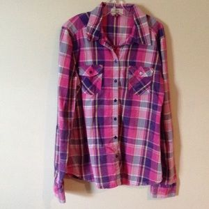 lei Tops - Super cute pink and purple plaid top