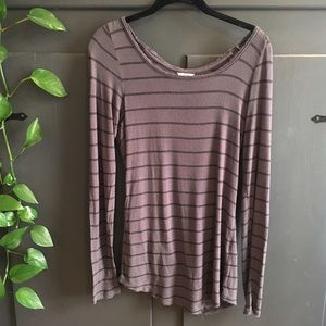 Lightweight grey long sleeved striped top