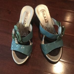 Fashion sandals size 6