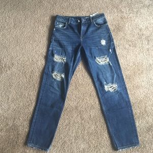 Zara High Rise Relaxed Fit Ripped Jeans SZ 28