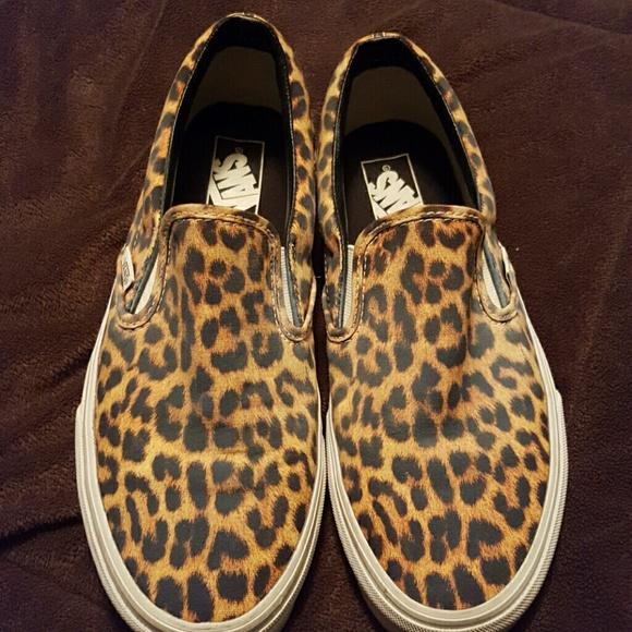 396e62b88f ... Cheetah Print Slip on Vans. M 5705ac2bf0137dd5db01b9ed