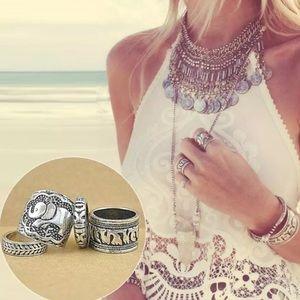 Jewelry - Bohemian pattern silver 4pcs rings
