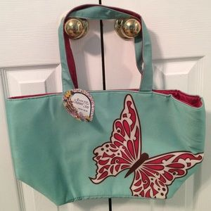 Butterfly traveling bag