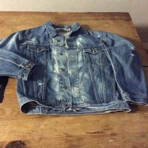 Destroyed denim oversized jacket