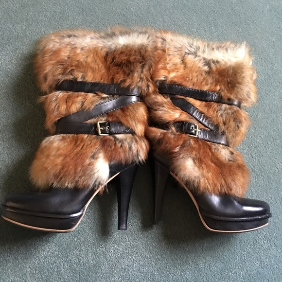 73a6f0b39e5 Close out pricing!!! 🎉STUNNING Ugg Foxley boots