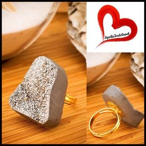 Boutique Jewelry - ❗️1-HOUR SALE❗️RING Organic Druzy Statement Stone