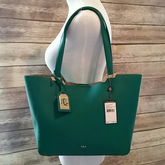e7fb1010bc NWT Ralph Lauren Green Shoulder Bag. M 57065e4a522b45b8da0011af