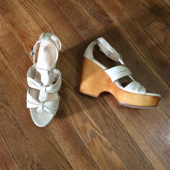 d27fecc8a1 Coach Shoes | Nola White Leather Platform Sandals Sz 7 | Poshmark