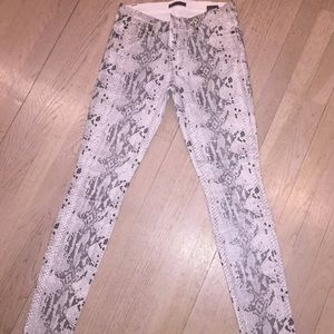 7 for all Mankind Pants - White pattern animal print jeans