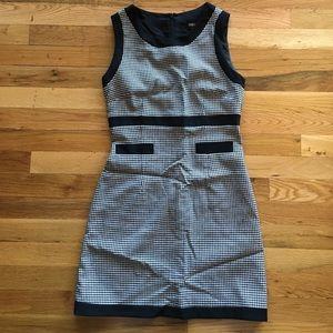 Oasis shift dress, size US 4, fits like 2.