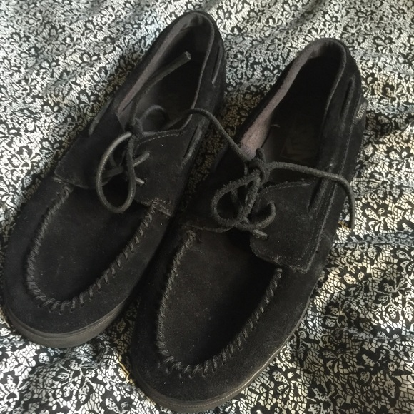 e4255a45bc Vans moccasins in black. M 57067faa36d5947579003aa6