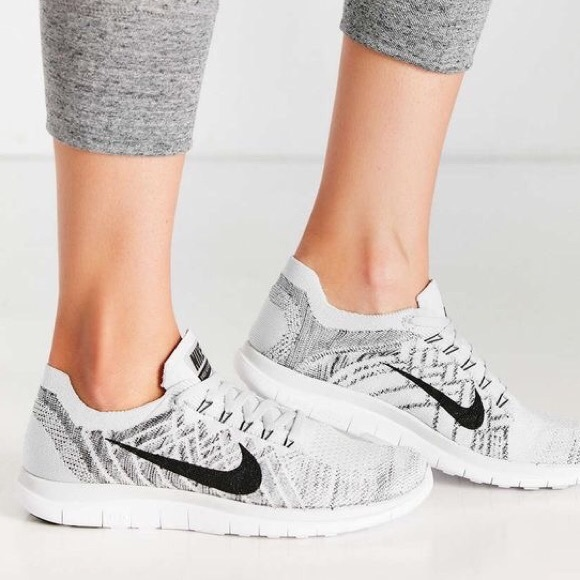 Zapatos Pure Nike Free 40 Flyknit Pure Zapatos Platinum Poshmark 2044e3