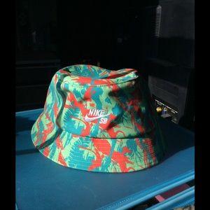 8f37998647106 Women s Bucket Hat Nike on Poshmark