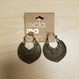 Jewelry - Copper color earring