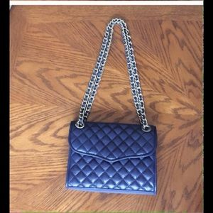 Rebecca Minkoff Handbags - ❌FIRM❌Rebecca Minkoff Navy Quilted Leather Bag