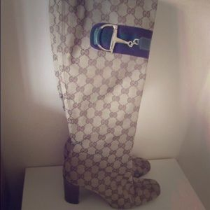 Gucci Shoes - Gucci KneeBoots 81/2💥bundle discount💥