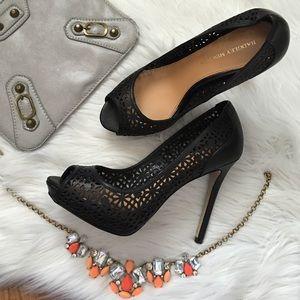 Badgley Mischka Shoes - Badgley Mischka black peep toe pump