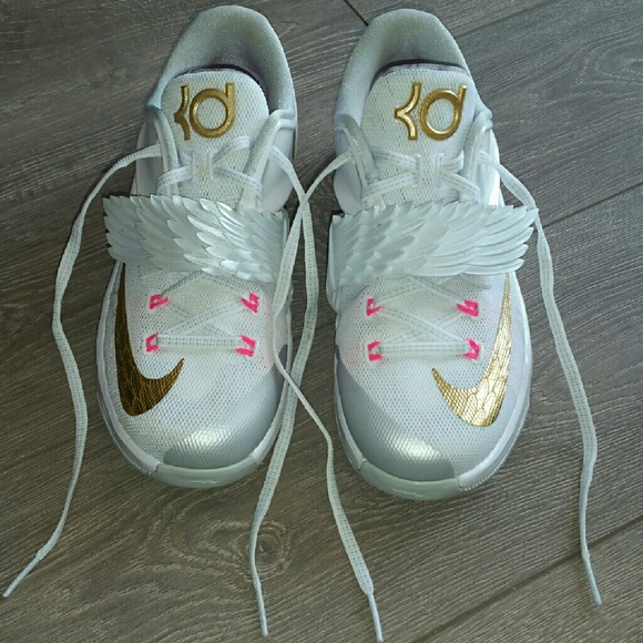 9aed15391816 Nike KD 7 Aunt Pearl Authentic. M 5706c248d14d7b24eb00ac18