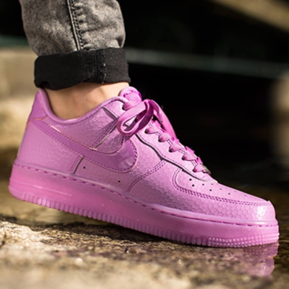 NWOT Nike Air Force 1 shoes