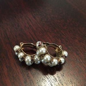 Jewelry - (T8) Pearl Windmill Earrings