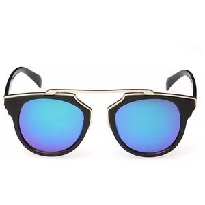 Accessories - Blue mirror lens sunglasses