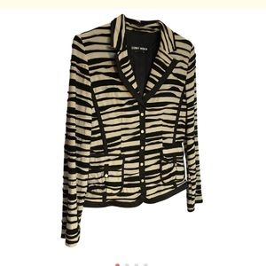 Gerry Weber Jackets & Blazers - Gerry Weber Dimensional Sew Tuck Fabric-M stretch.