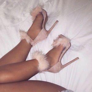 🆕👠Faux fur pumps