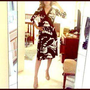 Tahari long sleeve wrap dress