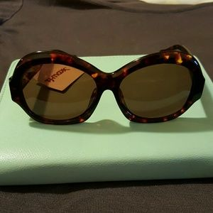 House of Harlow 1960 Accessories - SALE! NWT House of Harlow 1960 Rachel Sunglasses