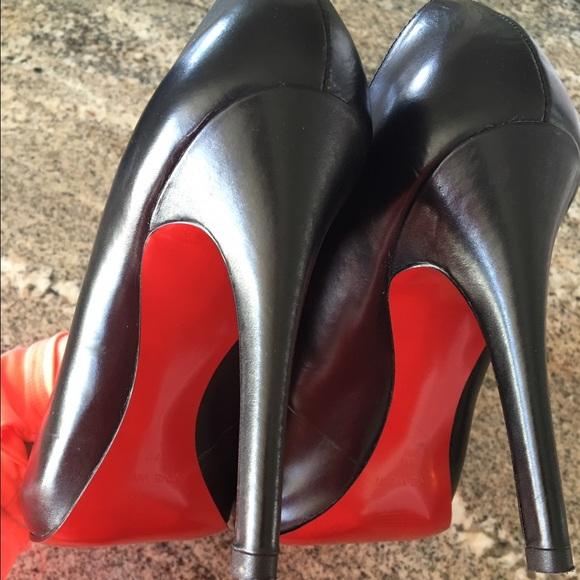 d0b8ea98c863 Red sole Black leather Nine West heels size 8. M 570707d6c6c795b43d0056ba