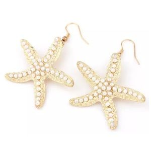Boutique Jewelry - ED20 White Pearl Encrusted Gold Starfish Earrings