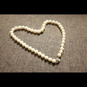 100% Freshwater Pearl necklace